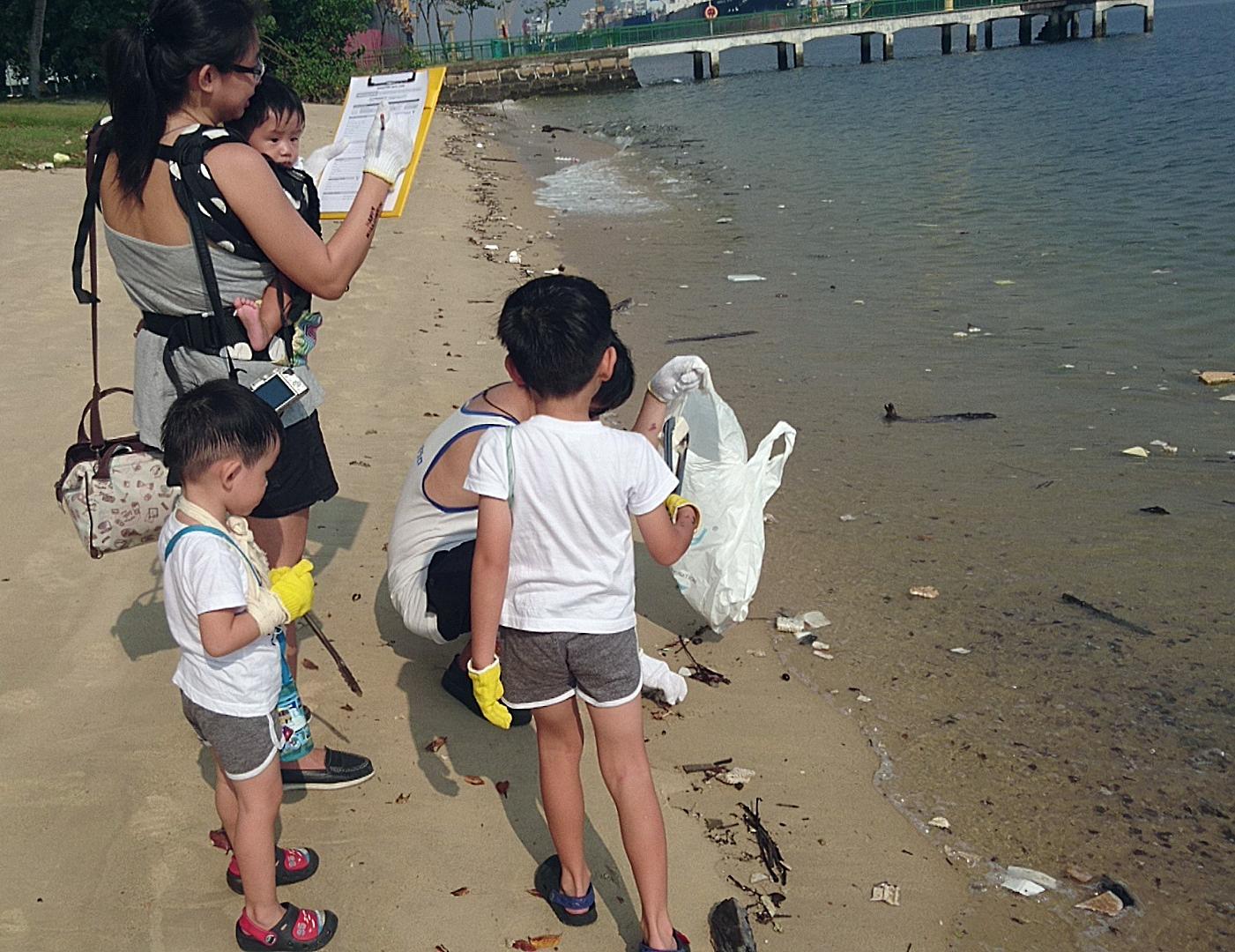 Coastal Cleanup2 11-17